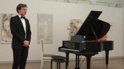 Concert pe întuneric. Recital de pian cu Marcel Lazăr. În program: Schubert, Chopin, Satie