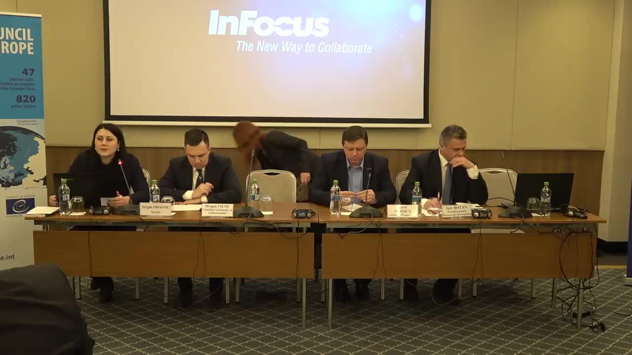 """Conferința post-electorală """"Alegeri prezidențiale în Republica Moldova 2016: analiză, concluzii, recomandări și pași de urmat"""", ziua a II-a"""