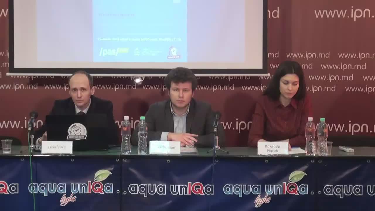 Conferința de presă organizată de organizațiile de Tineret ale partidelor PAS, PPPDA și PLDM dedicată inițierii unei campanii de colectare de semnături pentru asigurarea accesului liber în căminele studențești pentru locatari