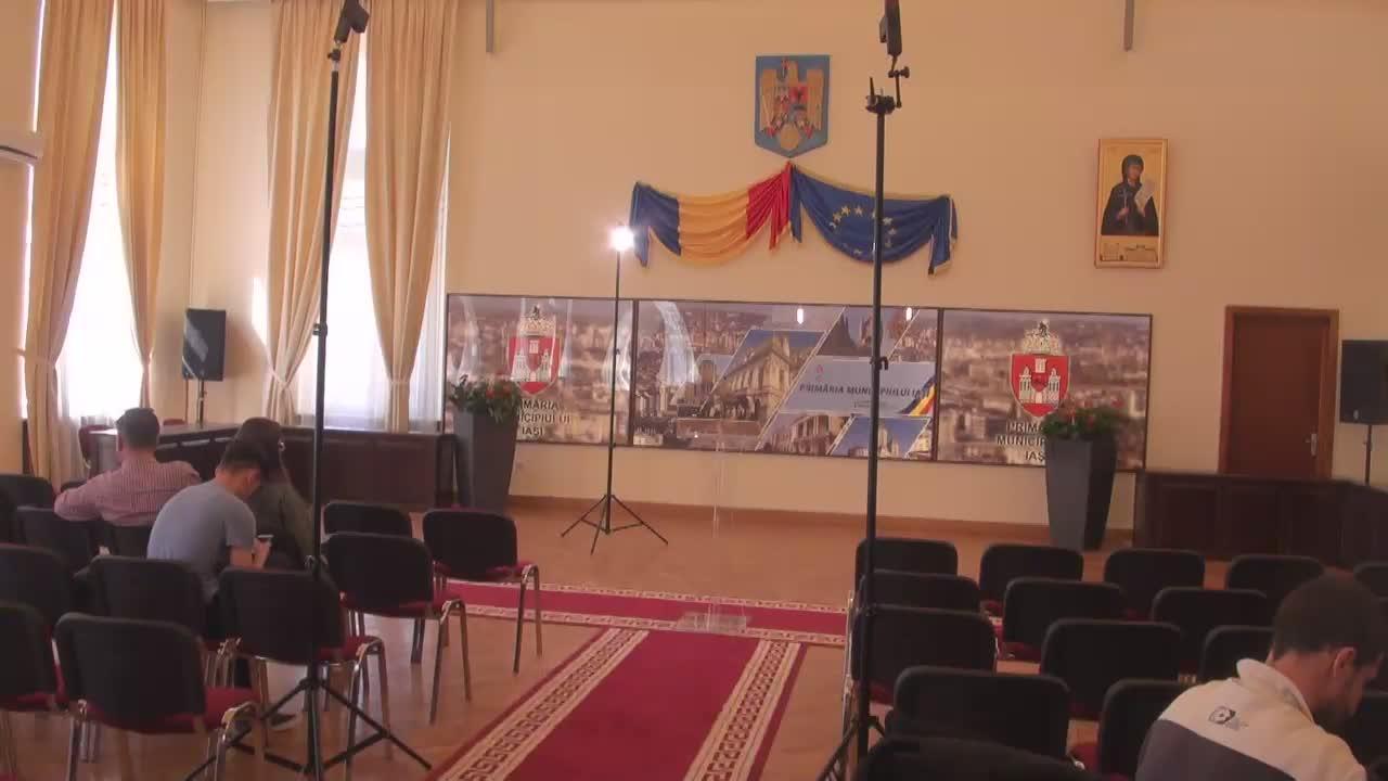 Conferința de presă susținută de primarul municipiului Iași, Mihai Chirica