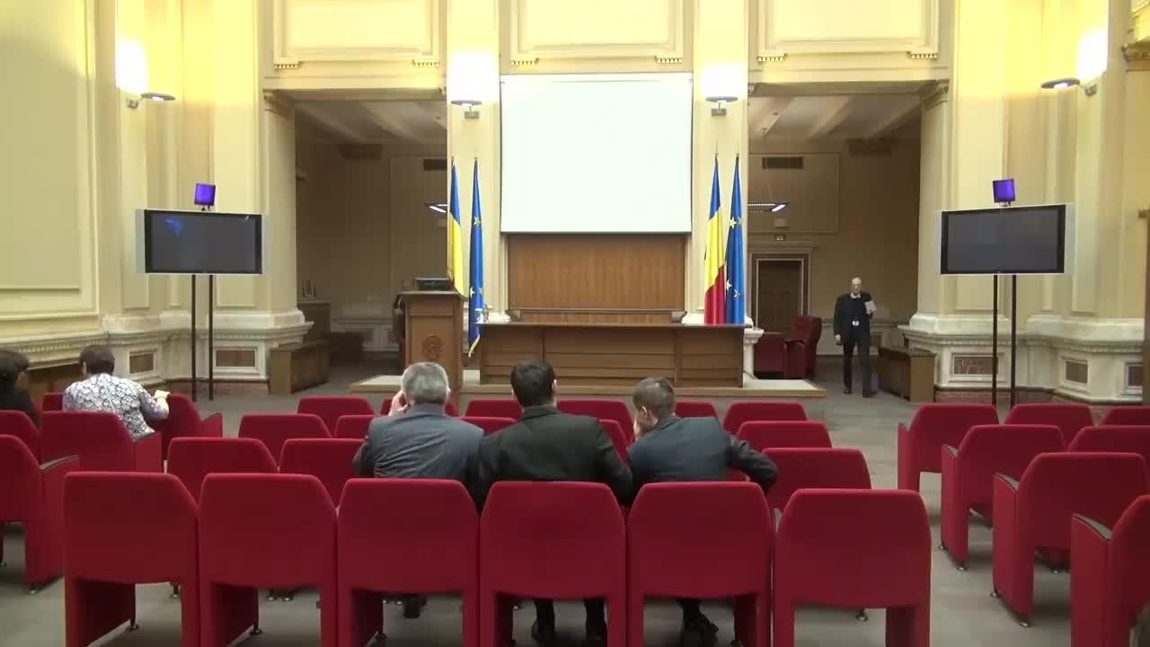Conferință de presă susținută de Guvernatorul BNR, Mugur Isărescu