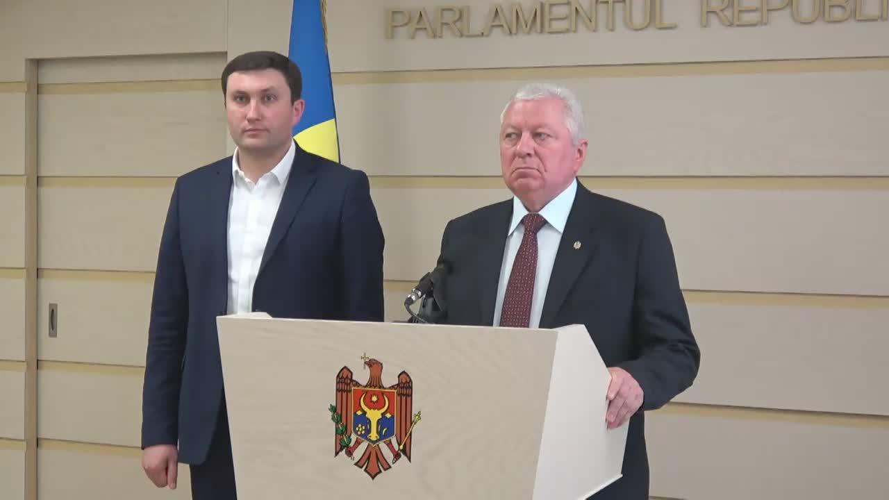 Declarațiile lui Victor Sorocean și Vladimir Odnostalco în timpul ședinței Parlamentului Republicii Moldova din 13 aprilie 2017