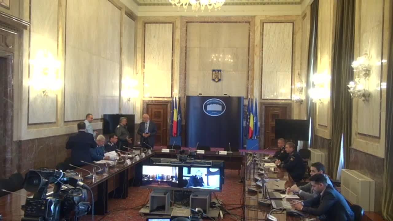 Ședința operativă în sistem videoconferință, cu prefecții și șefii structurilor centrale și teritoriale ale MAI, în contextul minivacanței de 1 mai