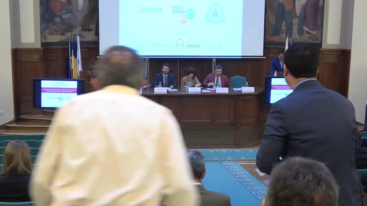 """Conferința cursdeguvernare.ro cu tema """"Cu strategia pe masă: România în ecuația energetică europeană și impactul asupra industriei. Politicile adecvate"""""""