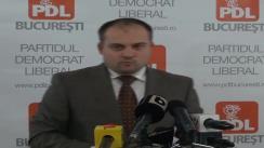 Președintele PDL sector 5, deputatul Ștefan Pirpiliu, susține o conferință de presă pe tema adoptării de către Parlament a legii care rezolvă problema câinilor fără stăpân