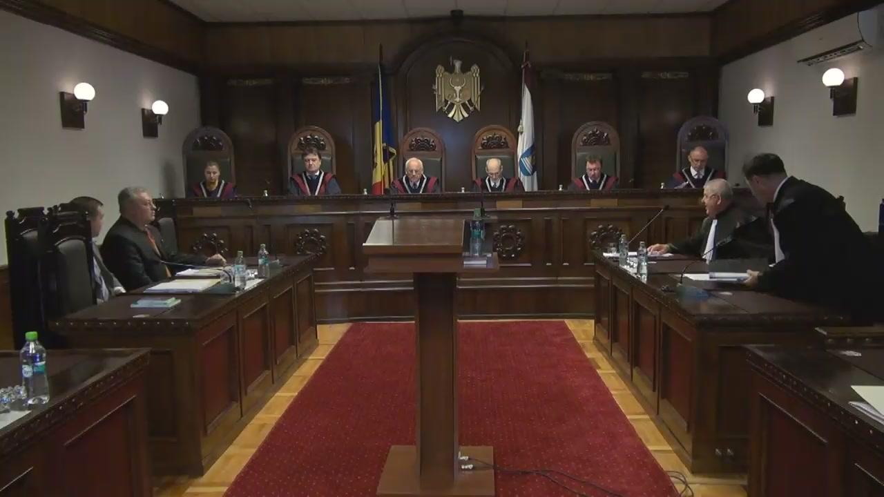 Ședința Curții Constituționale privind independența judecătorilor: Competențele limitate ale Consiliului Superior al Magistraturii sunt criticate de către judecători în fața CCM
