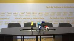 """Conferință de presă susținută de Președintele PAS, Maia Sandu, membri ai Biroului Permanent Național și susținători ai PAS, cu titlul """"Plahotniuc și Dodon - trădători de țară"""""""