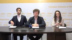 """Conferință de presă susținută de Dan Perciun, Vicepreședinte PAS și Președinte PAS Youth, Eugen Sinchevici și Alina Dandara, membri în biroul PAS Youth, cu tema """"Soluții pentru rezolvarea problemei locurilor de muncă pentru tineri"""""""
