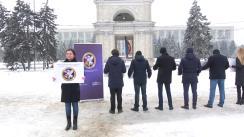 """Flashmob-ul organizat de Centrul Național pentru Protecția Datelor cu Caracter Personal """"Cere să îți fie protejate datele!"""""""