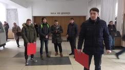 """Flashmob organizat de Tineretul Liberal cu tema """"S-a găsit diploma lui Chiiril Gaburici"""""""
