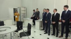 Valeriu Munteanu depune actele pentru a fi înregistrat în calitate de candidat la funcția de Primar al mun. Chișinău