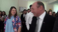"""Fostul președinte al României, Traian Băsescu, în vizită la Liceul Teoretic """"Columna"""" din mun. Chișinău"""