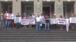 Flashmob în fața Ministerului Afacerilor Interne organizat de Mișcarea de Rezistență Națională ACUM