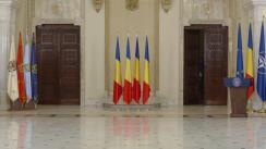 Ceremonia de decorare de către Președintele României, Klaus Iohannis, a unor profesori și instituții de învățământ din diaspora, cu ocazia Zilei Limbii Române