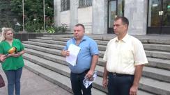 Consilierii municipali ai PSRM și activiștii civici depun o plângere pe numele participantului, la protestul din 26 august, care a insultat cetățenii vorbitori de limbă rusă