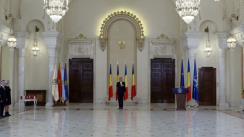 Ceremonia de decorare de către Președintele României, Klaus Iohannis, a angajaților Teatrului Evreiesc de Stat, a doamnei Cătălina Buzoianu și a domnului Ernst Leonhardt