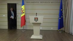 Briefing de presă susținut de Mihai Ghimpu cu privire la participarea sa la Adunarea Parlamentară NATO, care a avut loc în perioada 16-19 noiembrie în Halifax, Canada