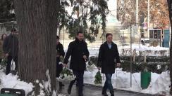 Primarul general interimar al capitalei, Ruslan Codreanu, împreună cu reprezentanți ai administrației publice locale, va depune flori la monumentul lui Mihai Eminescu în contextul aniversării a 169 de ani de la nașterea marelui poet