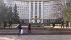 """Flashmob organizat de Partidul Socialiștilor din Republica Moldova cu tema """"""""Drumuri """"bune"""". Pentru ce se putea cheltui 1,5 miliarde de lei?"""""""