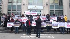 """Flashmob organizat de Partidul Socialiștilor din Republica Moldova cu tema """"Cine va răspunde pentru iresponsabilitate și neglijență, atunci când se cheltuie banii din buget?"""""""