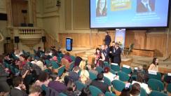 """Comisarul european pentru Comerț, Cecilia Malmström, și ministrul pentru mediul de afaceri, Ștefan-Radu Oprea, participă la o sesiune de """"Dialoguri cu cetățenii"""""""