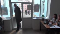 Alegeri 2019: Exprimarea votului de către candidatul PSRM în circumscripția nr. 33, Vladimir Roșca