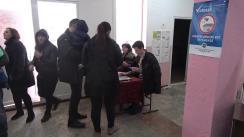 Alegeri 2019: Exprimarea votului de către candidatul PSRM în circumscripția nr. 26, Dinari Cojocaru