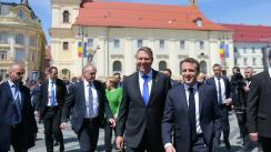 """Evenimentul de lansare a volumului """"EU.RO - Un dialog deschis despre Europa"""" la Ploiești"""