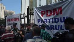 Miting organizat de Partidul Democrat din Moldova în fața Președinției Republicii Moldova