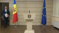 """Briefing susținut de vicepreședintele fracțiunii PDM, Vladimir Cebotari, cu tema """"Decizia guvernării PSRM-ACUM de a majora impozitele și taxele și intenția de a anula tichetele de masă"""""""