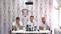 Conferință de presă organizată de clubul de fotbal FC Rapid, cu participarea antrenorului Daniel Pancu și jucătorul Ionuț Voicu