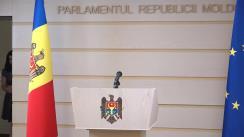Briefing susținut de deputatul Blocului ACUM, Lilian Carp