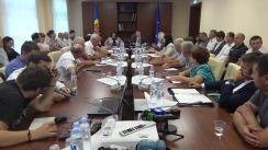 Dezbatere organizată de Comisia Economie, buget și finanțe pe subiectul prețurilor de achiziție a strugurilor și căile de soluționare a situației create în plin sezon de colectare a roadei viniviticole