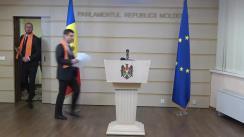 Briefing de presă susținut de Fracțiunile PAS și DA din Parlament privind moțiunea simplă depusă împotriva Ministrului Apărării