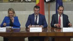 Conferință de presă susținută de Anatol Usatîi, ministrul Economiei și Infrastructurii, și Janez Kopač, directorul Secretariatului Comunității Energetice, ca urmare a ședinței Consiliului Ministerial al Comunității Energiei