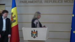 Conferință de presă susținută de fracțiunea PAS în timpul ședintei Parlamentului Republicii Moldova din 19 decembrie 2019