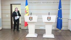 Conferință de presă susținută de deputații din Fracțiunea PAS Blocul ACUM, Lilian Carp și Galina Sajin, privind inițiativa legislativă de completare a Regulamentului Parlamentului, menită să sporească transparența decizională
