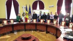 33 de persoane străine, care domiciliază în municipiul Chișinău, depun jurământul pentru acordarea cetățeniei Republicii Moldova