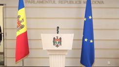 Briefing de presă susținută de către deputații Dumitru Alaiba și Stela Macari privind concursul pentru funcția de director al Consiliului de administrație al ANRE