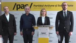 """Conferință de presă susținută de către deputații Partidului Acțiune și Solidaritate, Sergiu Litvinenco și Doina Gherman, împreună cu candidatul PAS la Primăria Călinești, cu tema """"Încălcări pe bandă rulantă ale PSRM și PD în cadrul alegerilor locale repetate pentru primăria Călinești, Fălești"""""""