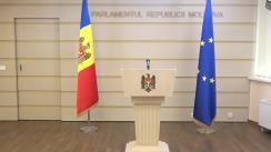 Declarații de presă susținute de către deputații Iurie Reniță, Octavian Țîcu și Lilian Carp