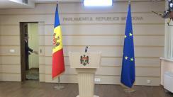 Briefing susținut de către deputații Fracțiunii PAS Blocul ACUM în timpul ședinței Parlamentului Republicii Moldova din 23 aprilie 2020
