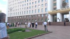 Protest în fața Parlamentului Republicii Moldova