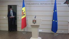 Briefing de presă susținut de către deputații fracțiunii PSRM, Vladimir Golovatiuc, Petru Burduja și Radu Mudreac