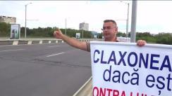 """Acțiunea """"Claxonează, dacă ești împotriva lui Dodon"""", organizată de Partidul Nostru. Locul desfășurării falshmob-ului - Viadulct, lângă str. Hristo Botev"""