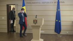 """Briefing de presă susținut de deputații PAS, Mihai Popșoi și Vladimir Bolea, cu tema """"Incompetența și aroganța guvernării în relația cu agricultorii nu poate fi tolerată"""""""