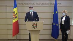 Briefing de presă susținut de către deputații PSRM, Vladimir Odnostalco și Alla Darovannaia