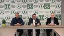 Conferință de presă susținută de fotbaliștii, Rică Neaga și Viorel Turcu