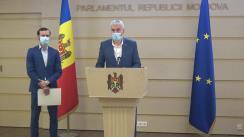 Briefing de presă susținut de deputații Fracțiunii Platforma DA, Alexandru Slusari și Dinu Plîngău