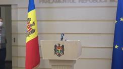 Briefing de presă susținut de membra Platformei Parlamentare Pentru Moldova, Ruxanda Glavan